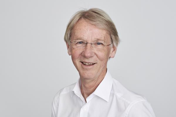 Dr. Thomas Machner